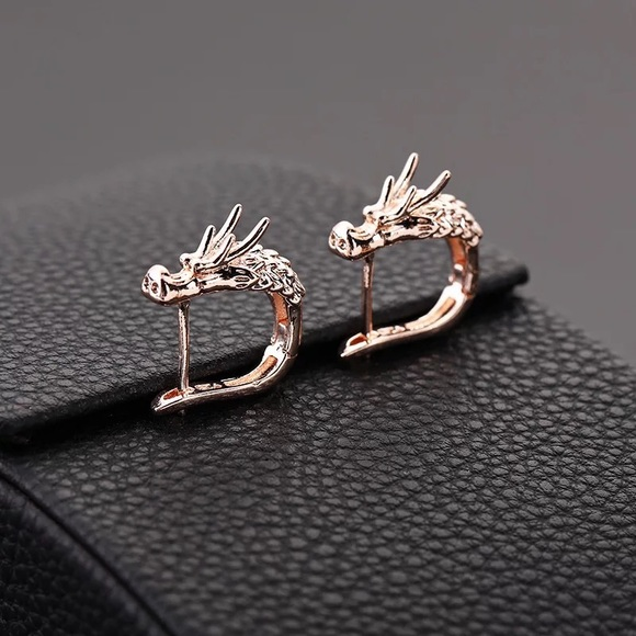 Jewelry - Rose Gold Dragon 🐉 Earrings